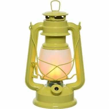 Gele led licht stormlantaarn 24 cm met vlam effect