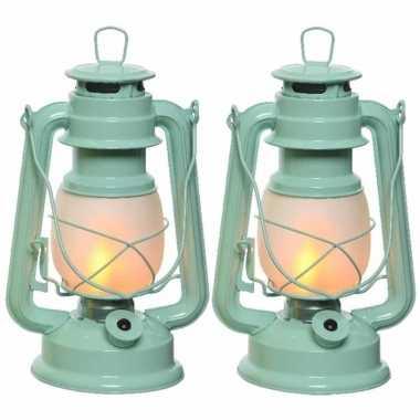 Set van 2 mintgroene led licht stormlantaarns 24 cm vlam effect