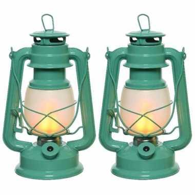 Set van 2 turquoise led licht stormlantaarns 24 cm vlam effect