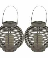 2x buiten tuin grijze rotan lampionnen hanglantaarns 20 cm solar tuinverlichting