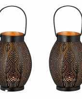 2x metalen theelichthouders waxinelichthouders windlichten lantaarns zwart goud 20 cm