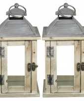 Set van 2x stuks houten lantaarns kaarshouders met deurtje whitewash grijs 15 x 30 cm